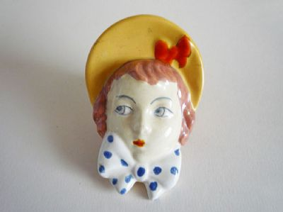 Royal Dux 'Girl with Yellow Bonnet' Wall Mask c1930